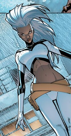 File:Ororo Munroe (Earth-616) from Extraordinary X-Men Vol 1 1 004.jpg