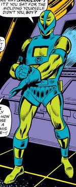 Guardsman Armor from Iron Man Vol 1 43 0001