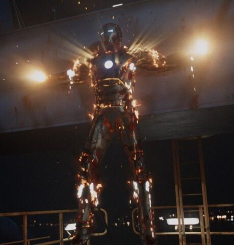 File:Aldrich Killian (Earth-199999) with Iron Man Armor MK XLII (Earth-199999) from Iron Man 3 (film) 001.jpg