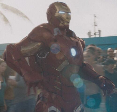 File:Anthony Stark (Earth-199999) with Iron Man Armor MK VII (Earth-199999) from Iron Man 3 (film) 001.jpg