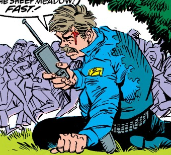 Saunders (NYPD) (Earth-616) from Amazing Spider-Man Vol 1 332 001