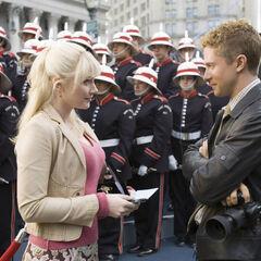 Gwen with Eddie Brock