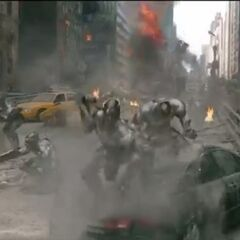 The Chitauri attacking the city.