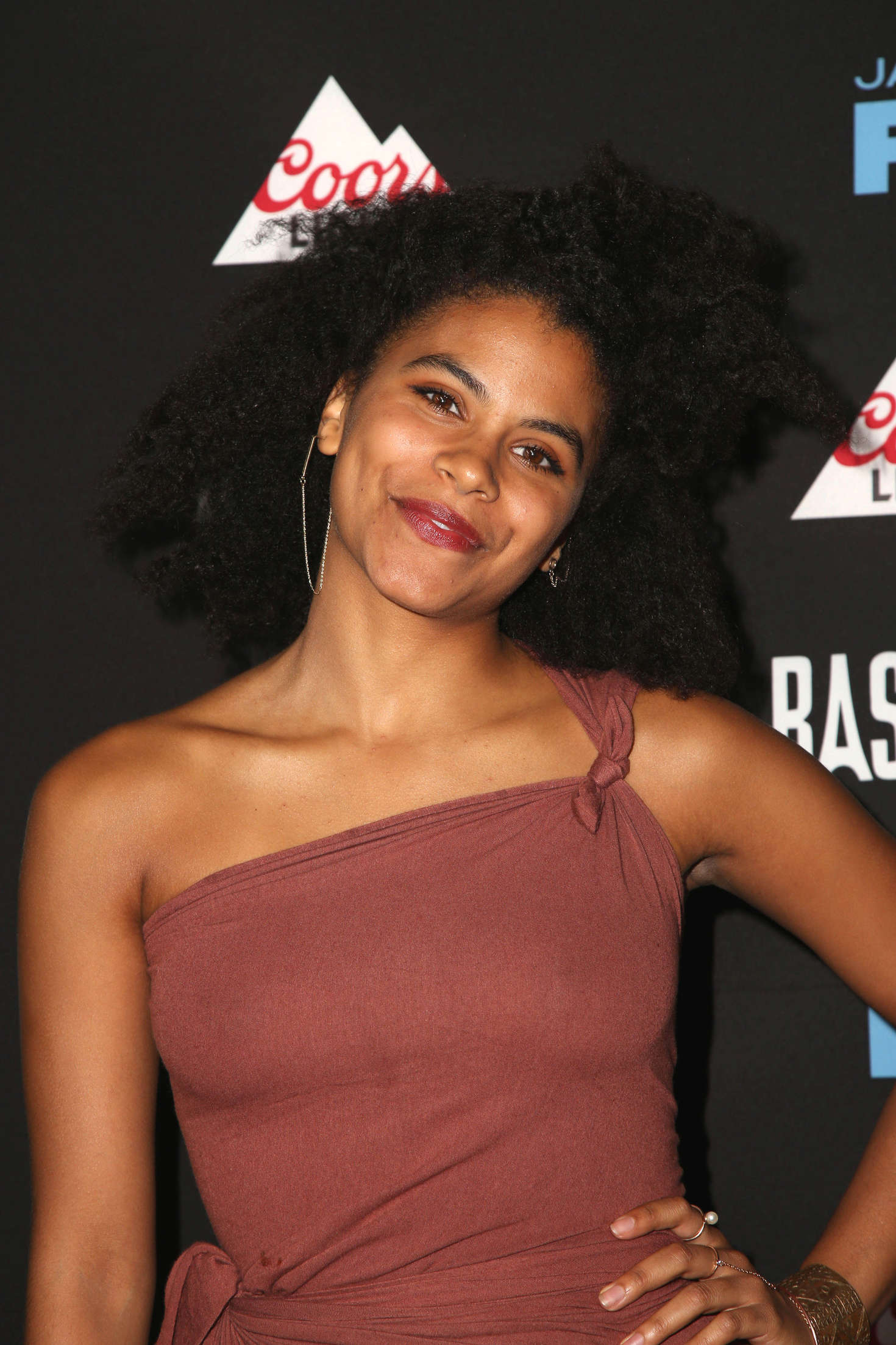 Topless Zazie Beetz nude (59 photo), Ass, Cleavage, Selfie, lingerie 2015