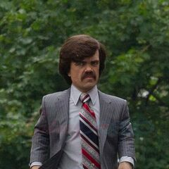 Peter Dinklage on set.