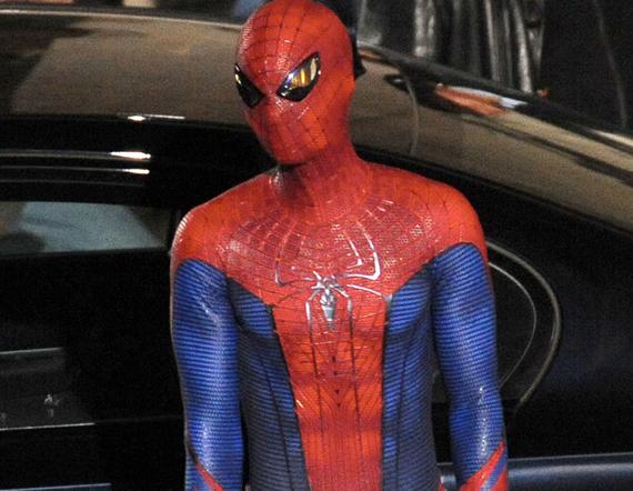 Amazing-Spiderman-Set-Pics-Andrew-Garfield-Costume.jpg & Image - Amazing-Spiderman-Set-Pics-Andrew-Garfield-Costume.jpg ...