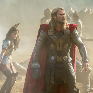 Sif and Thor on Vanaheim during the battle.