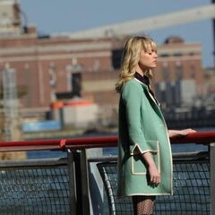 Emma Stone as Gwen Stacy on set.