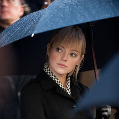 Gwen at her father's funeral.