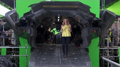 'Avengers Age of Ultron' On-Set Exclusive What Makes the Sequel Bigger & Better?