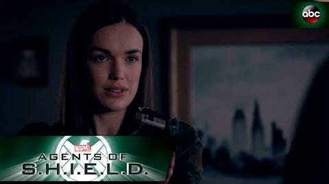 Simmons Faces Off with Fitz's Dad - Marvel's Agents of S.H.I.E.L.D