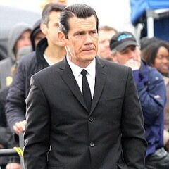 Josh Brolin as 60's Agent K.
