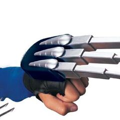 Electronic Wolverine Claws