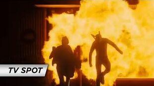 Kick-Ass (2010) - 'Hot Heroes' TV Spot