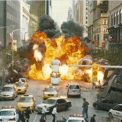 Loki destroying New York.