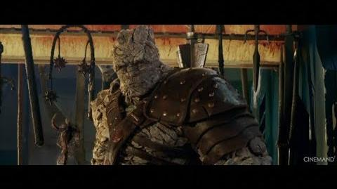 THOR RAGNAROK KORG & THE FLYING HAMMER MOVIE CLIP