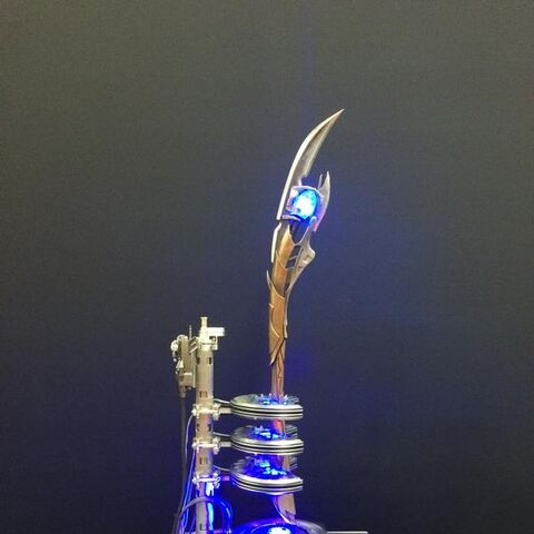 Chitauri Scepter featured at San Diego Comic-Con 2014