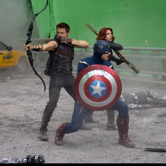 On set with Chris (Captain America), Scarlett (Black Widow) and Jeremy (Hawkeye).