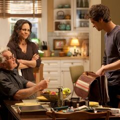 Martin Sheen and Sally Fields as Uncle Ben and Aunt May with Garfield's Peter.
