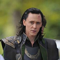 Tom Hiddleston on set as Loki