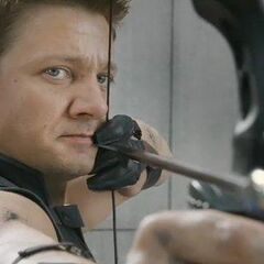 Hawkeye targets Loki (promotional still)
