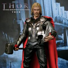 Hot Toys Thor