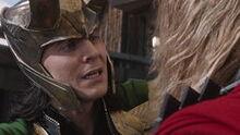 Thor essaie de convaincre Loki