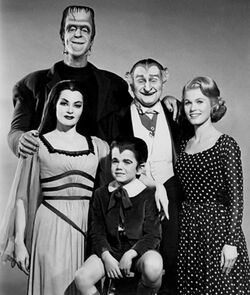 Munstersfamilyportrait