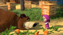 12 Маша и Медведь