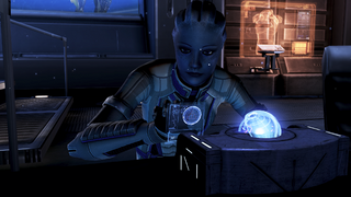 Liara programming the glyph capsule