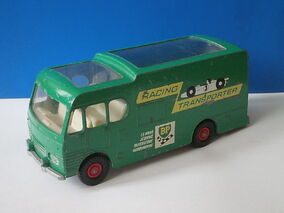 Racing Car Transporter (Green)