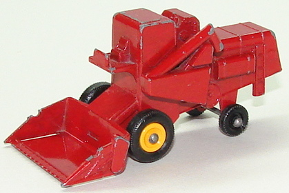 File:6765 Claas Combine Harvester.JPG