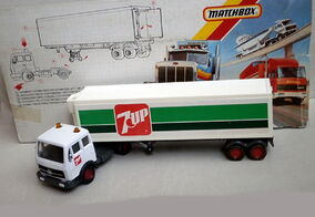 Mercedes-Benz Refrigeration Truck (7up)