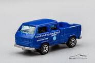 FWM62 - Volkswagen Transporter Crew Cab Smooth Bed-1