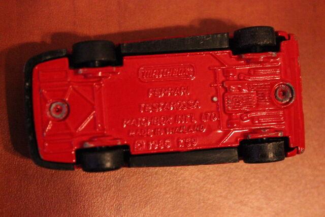 File:Ferrari Testarossa 1984 Matchbox 2 03.JPG