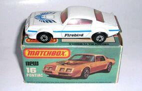 Pontiac (1983 White)