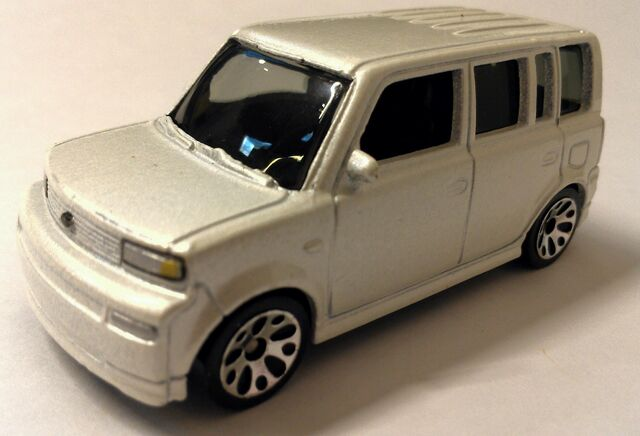 Marvelous File:MB 7 Toyota Scion XB