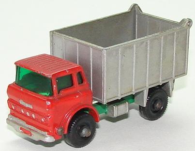 File:6826 GMC Tipper Truck.JPG