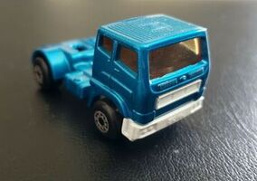Leyland Tractor (1981-82 Blue)