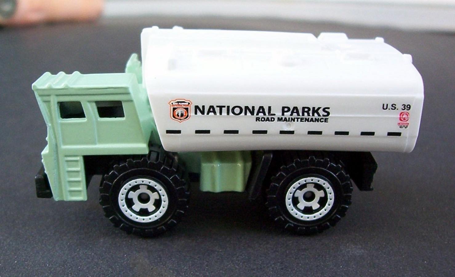 2010 Matchbox International Brushfire 15 Ram 1500 Garbage National Parks Truck