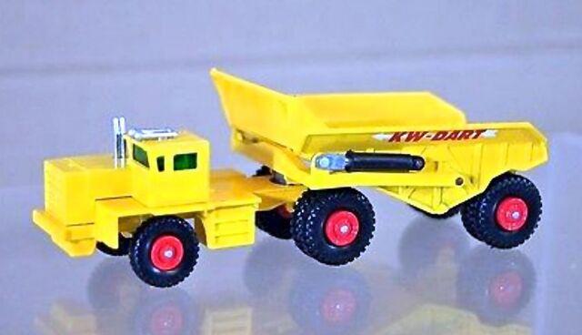 File:KW-Dart Dump Truck (1964-68).jpg