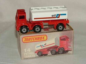 Petrol Tanker (Articulated Tanker 1982-83)