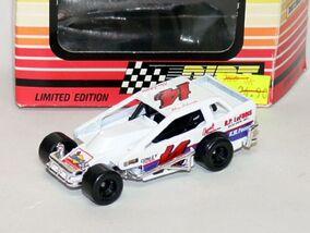 Dirt Racer (1993 White Rose)