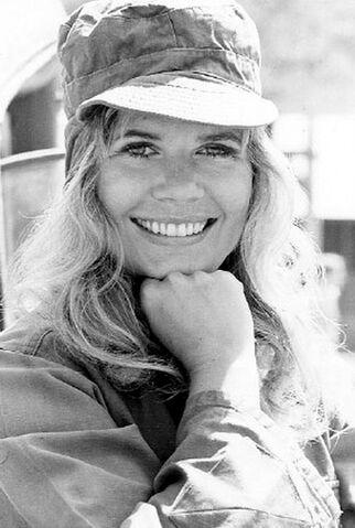 File:Loretta Swit MASH 1972.jpg