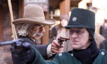 Ли Скорсби с пистолетом Троллезунд