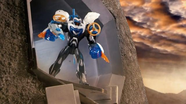 Max Steel Turbo Campaign with Strength Reveal Max and Tank Makino!