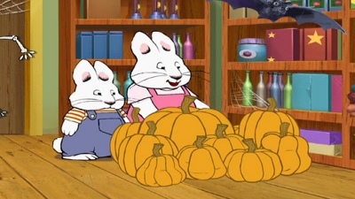 File:Max Ruby perfect pumpkin.jpg