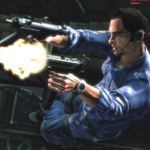 Un personaje Multijugador dos metralletas armados.