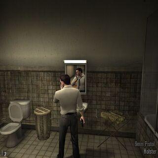 Max fumándose un porrito en el baño.