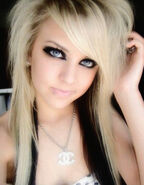 Blonde-katie-babyface